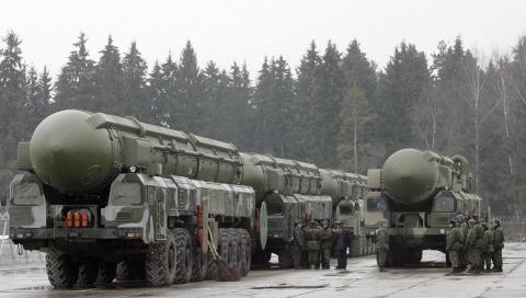 Ядерна зброя vs. дипломатія — що краще?