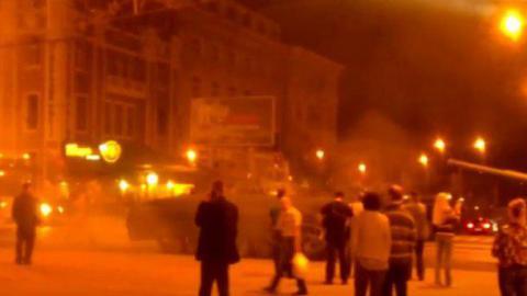 У центрі Донецька з'явилися танки (ВІДЕО)