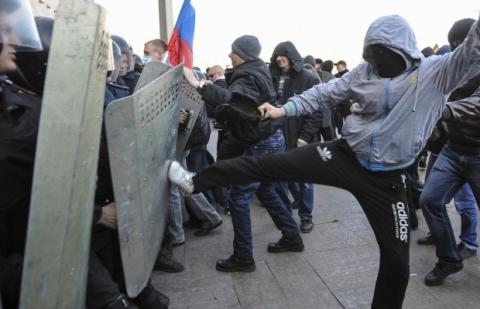 Сепаратисти всіх країн, єднайтеся під зорями Кремля!
