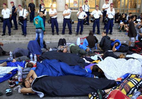 Туск натякнув на «історичні комплекси» Німеччини в питанні біженців