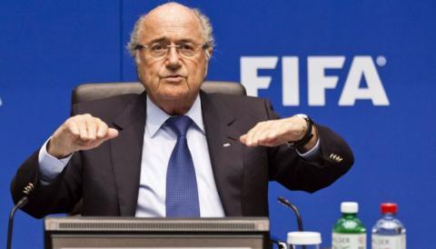 Президент ФІФА знімає стрес у лікарні