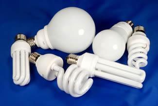 Виробники енергоефективних лампочок свідомо дурять споживачів: результати розслідування