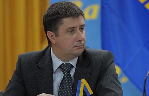 Активісти під Верховною Радою вимагають відставки Кириленка