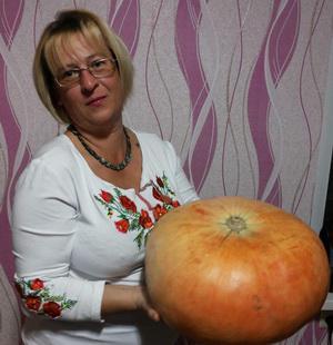 Олена Степова: «Патріотизм - це любов до своїх сусідів, навіть якщо вони іноді напідпитку і не поголені...»