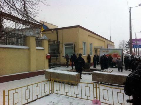 На кондитерській фабриці в Житомирі сталася масова бійка. 134 особи затримано