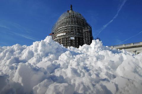 Буря століття: на США насувається сніговий супершторм (ФОТО)