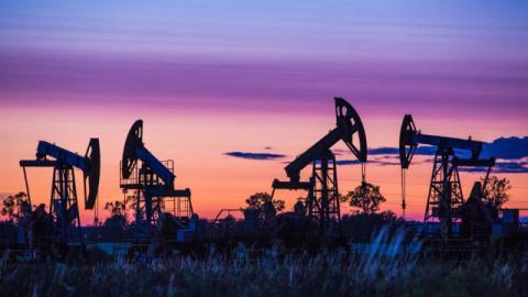 Нафта подорожчала через чутки про співпрацю Росії та Саудівської Аравії