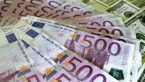 Євро та долар невпинно дорожчають