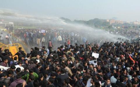 Індійські протестувальники залишили Делі без питної води