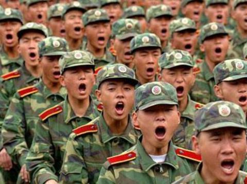 Китай нарощує виробництво і продаж зброї