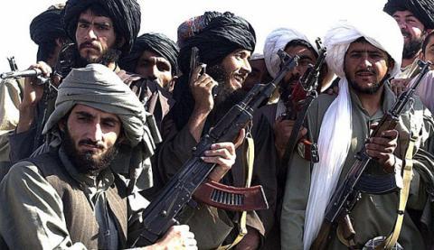 Урядові будівлі Афганістану атакували таліби