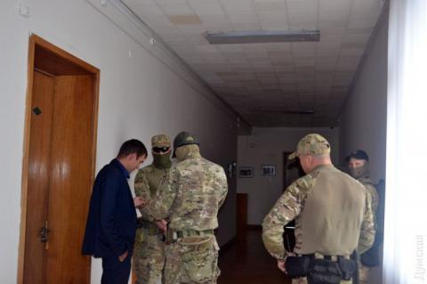 Офіс помічника-радника Саакашвілі, екс-генконсула Грузії в Одесі Теймураза Нішніанідзе обшукують
