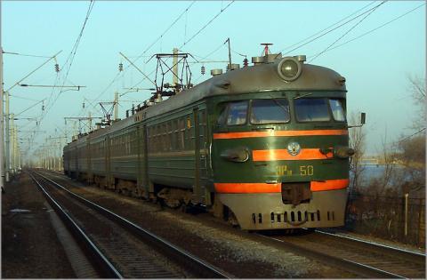 Укрзалізниця призначила на літо три нові пасажирські поїзди на південь країни