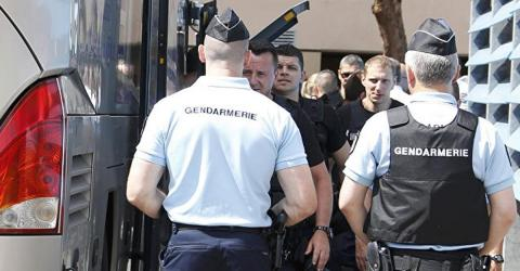 Двох українських вболівальників затримали у Франції