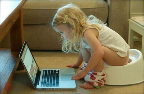 Порнографія в інтернеті позбавляє дітей дитинства, - дослідження