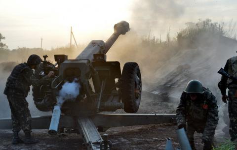 За добу бойовики 36 разів обстріляли позиції українських військових (ВІДЕО)