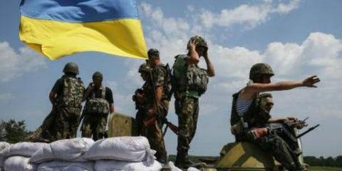 Українські військові нарахували понад 70 обстрілів у зоні АТО (ВІДЕО)