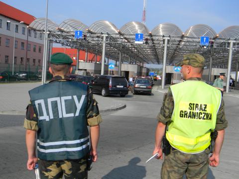 З 4 липня Польща тимчасово призупиняє малий прикордонний рух