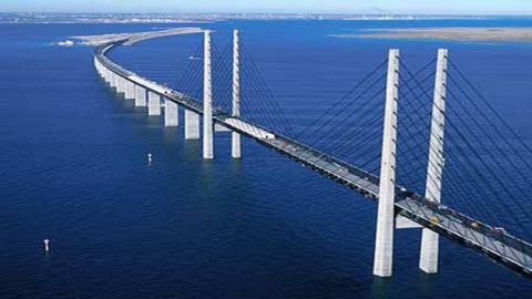 Загальна вартість будівництва мосту через Керченську протоку складає 3,55 млрд доларів