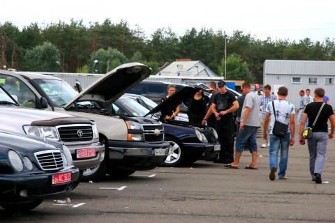 Зниження акцизів на вживані автомобілі: чергова перемога уряду чи обдурені люди?