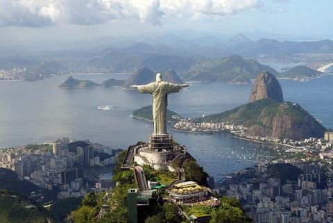 Над Ріо-де-Жанейро зіштовхнулися два винищувачі