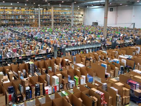 Прибутки  Amazon зросли майже в 40 разів