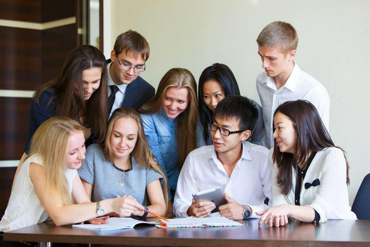 Лучшие лингвистические вузы, университеты, институты, академии и факультеты и программы высшего образования в россии, вузы для лингвистов.
