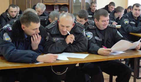 Правоохоронців закінчать тестувати у вересні