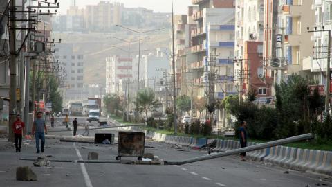 В Туреччині біля поліцейського відділку вибухнув автомобіль