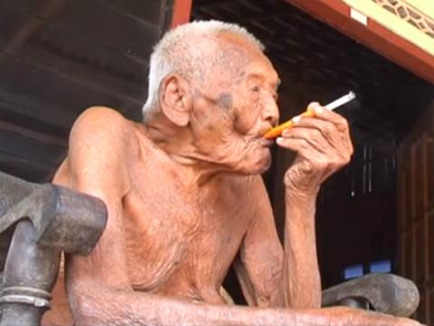 В Індонезії знайшли чоловіка, документи якого підтверджують, що йому 145 років