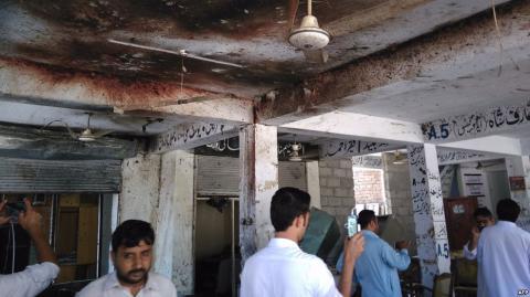 В Пакистані смертник напав на будівлю суду
