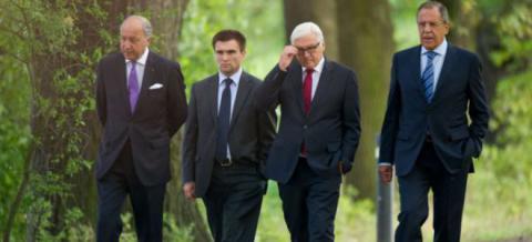 """Олланд анонсує чергову зустріч у """"нормандському форматі"""""""