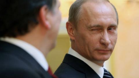 Путін заграє з виборцями, натякаючи, що не буде балотуватися на новий строк