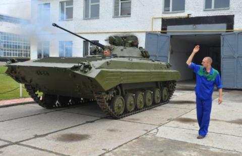 Українські БМП оснастять німецькими двигунами замість російських (ВІДЕО)