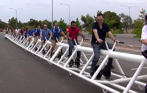 Найдовший велосипед у світі винайшли у Австралії (ВІДЕО)