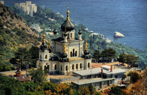 Московські каверзи: у Криму зріє церковний переворот