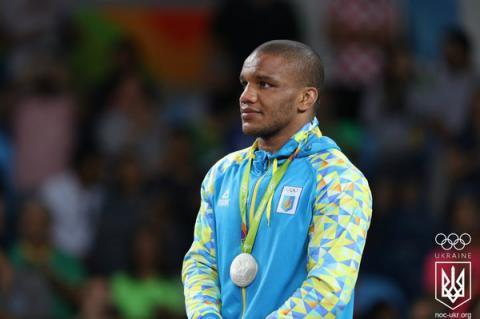 Срібного призера Ріо 2016, українця Жана Беленюка не пускають у Німеччину