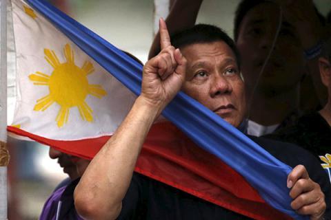 Президент Філіппін був би щасливий вбити 3 млн наркоманів