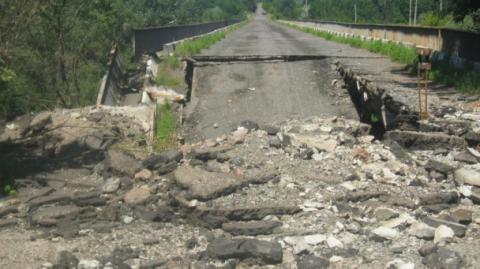На Донеччині відбудують три мости до кінця року
