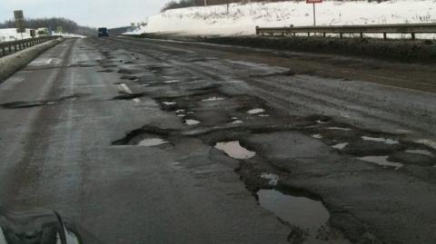 Для відновлення українських доріг необхідно виділяти 50-60 мільярдів гривень на рік