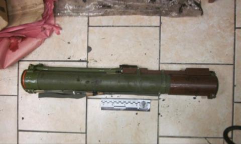 В метро затримали чоловіка з гранатометом