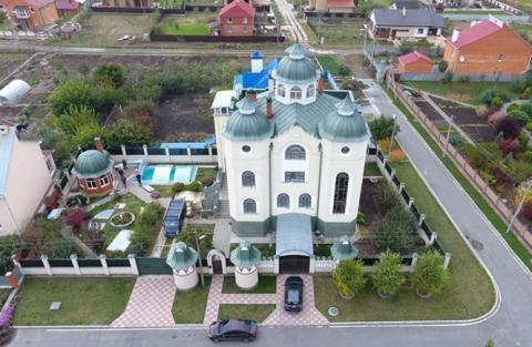 Суддя задекларував будинок у вигляді храму (ВІДЕО)