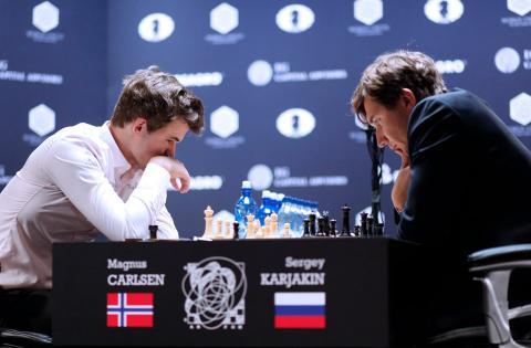 Карлсен і Карякін не виявили переможця в класичних партіях матчу за титул чемпіона світу