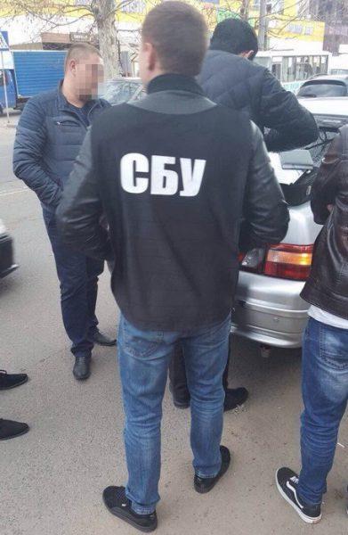 В Україні на хабарі спіймали працівника поліції (ФОТО)