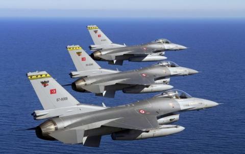 Турецькі інженери розробили нові ракети з лазерним наведенням