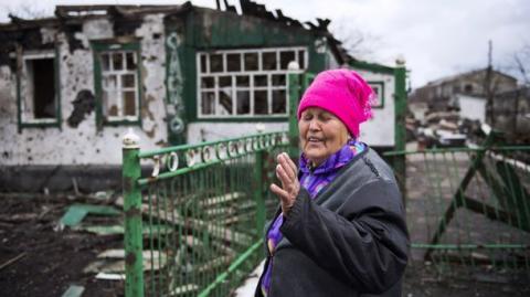 Жителі Донецька очікують повернення в Україну (ФОТО)