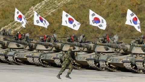 Південна Корея привела війська в боєготовність у зв'язку з пуском ракети КНДР
