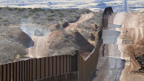 Міністр внутрішньої безпеки США розповів, як буде виглядати стіна з Мексикою