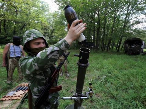Бойовики продовжили збройні провокації. Поранено кілька військових