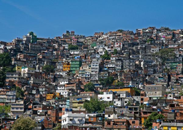 Як живе середній клас в різних країнах (ФОТО)